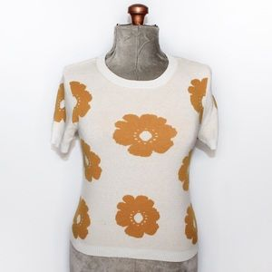 🎀3/$30 Forever 21 White & Yellow Floral Knit Tee